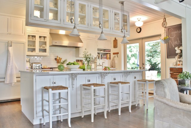 My Houzz: Busy Family Farmhouse - Farmhouse - Kitchen - Seattle - by ...