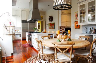 My Houzz: Eye Candy Colors Fill an 1800s New Orleans Victorian eclectic-kitchen