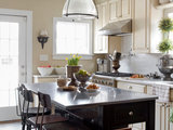 eclectic kitchen 10 Upgrades for a Touch of Kitchen Elegance (12 photos)