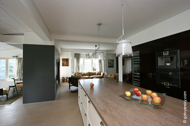 N HOUSE traditional-kitchen