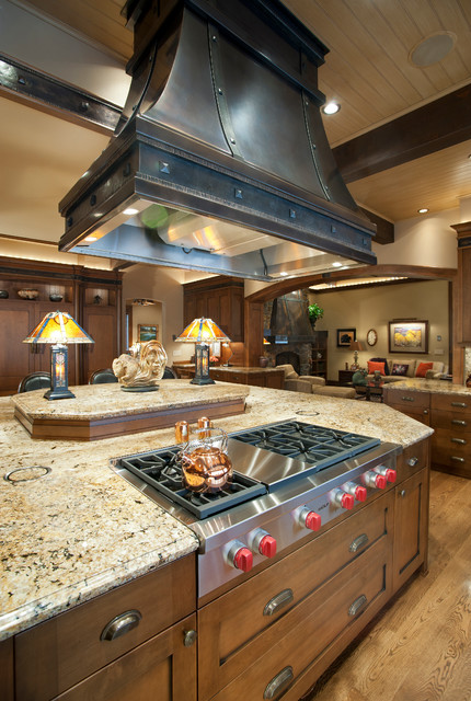 Naches Residence traditional-kitchen