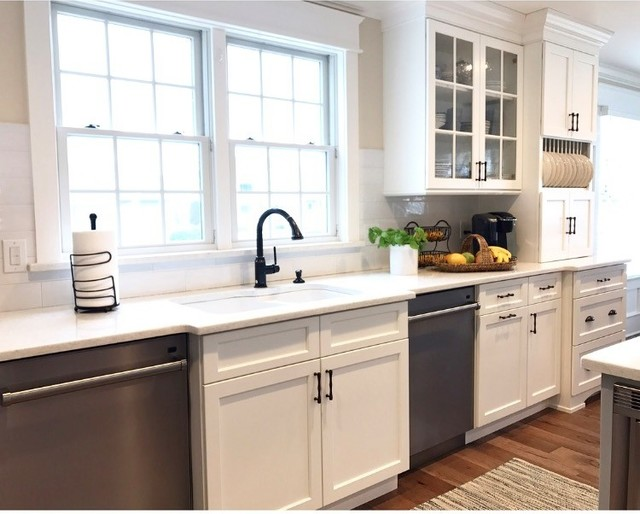 Nantucket cottage beach style kitchen philadelphia for Nantucket style kitchen
