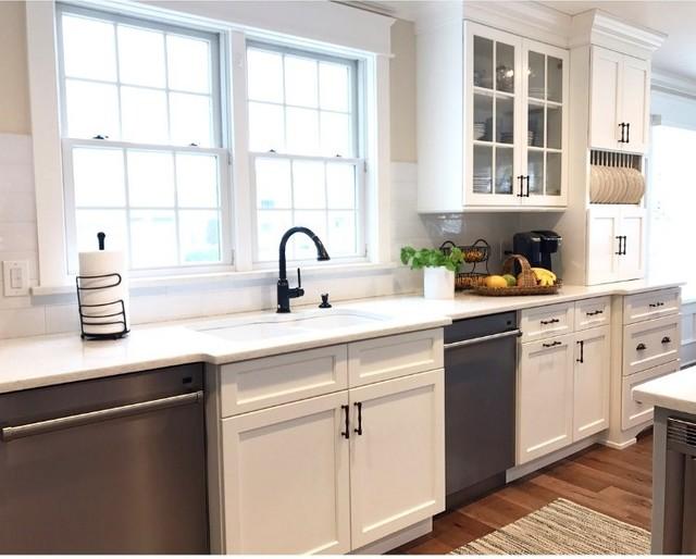 Nantucket cottage beach style kitchen philadelphia for Nantucket style kitchen