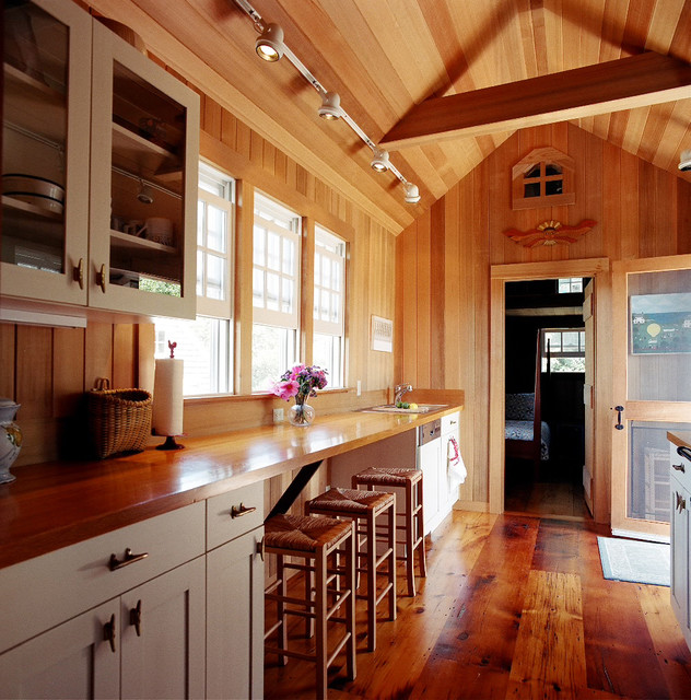 Traditional Country Kitchens: Nantucket Country Kitchen