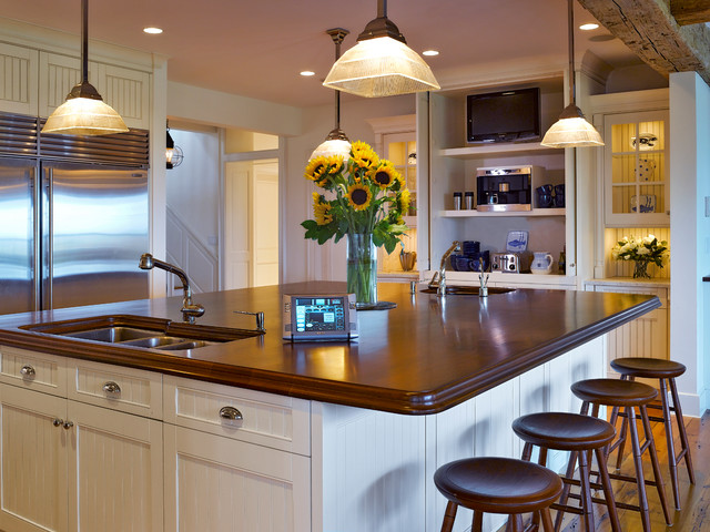 Nantucket beach style kitchen boston by nantucket for Nantucket style kitchen