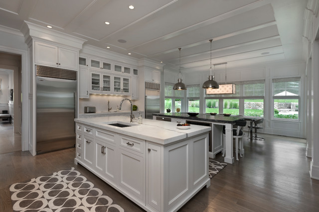 Nantucket shingle style beachside home kitchen for Nantucket style kitchen