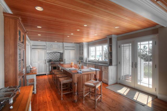 Nantucket sound gambrel beach style kitchen boston for Nantucket style kitchen
