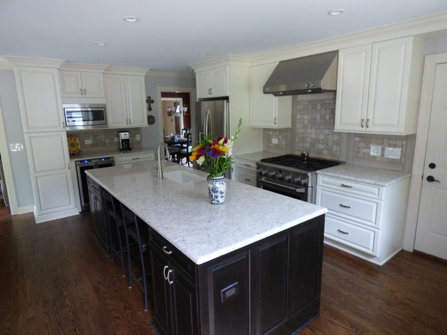 Naperville Cooks Transitional Kitchen Chicago By DDS Design Services