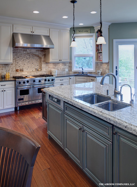 naperville kitchen renovation traditional kitchen chicago by airoom architects builders. Black Bedroom Furniture Sets. Home Design Ideas