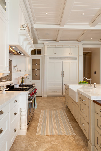 Naples - Traditional - Kitchen - Miami - by Busby Cabinets