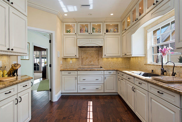 Naples Fl 41 West Pelican Bay Villa Remodel Traditional Kitchen Other By Certified
