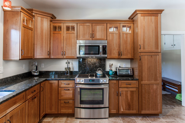Natural Cherry Shaker kitchen with dark granite countertops - Traditional - Kitchen - Burlington ...