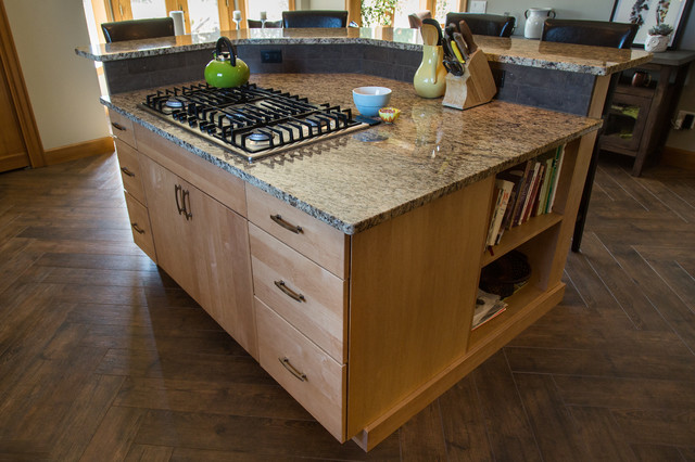 Natural Hues in Rustic Transitional Kitchen - Rustic - Kitchen - by Allen's Fine Woodworking, Inc.