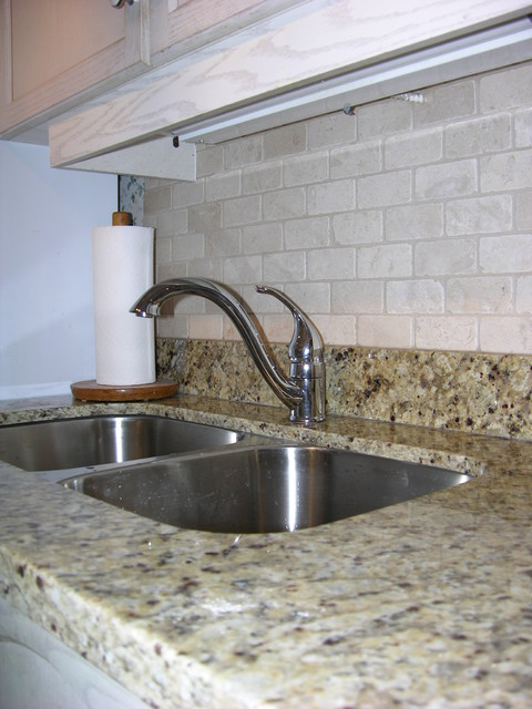 natural stone kitchen backsplash