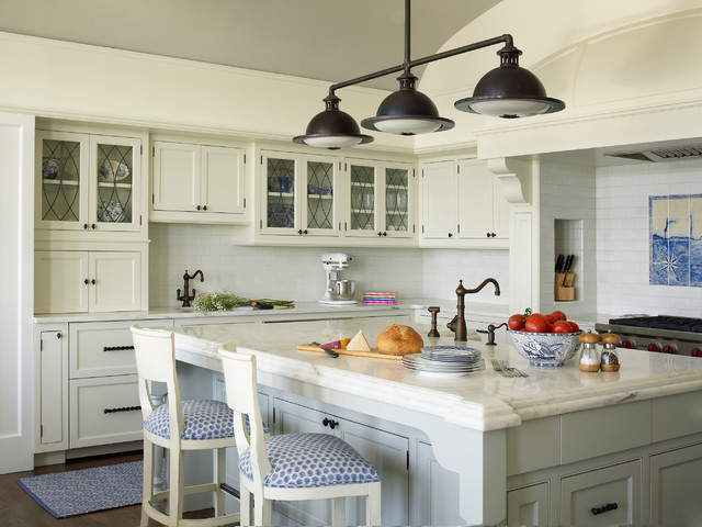 Nautical house on the bay hamptons beach style for New york style kitchen design