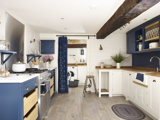 Nautical kitchen for Nautical kitchen designs