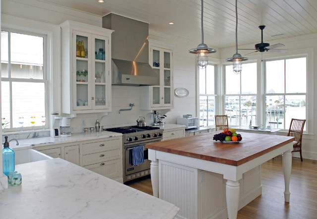 Nc Costal House Traditional Kitchen Wilmington By