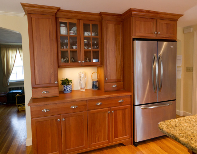 Needham Kitchen traditional-kitchen