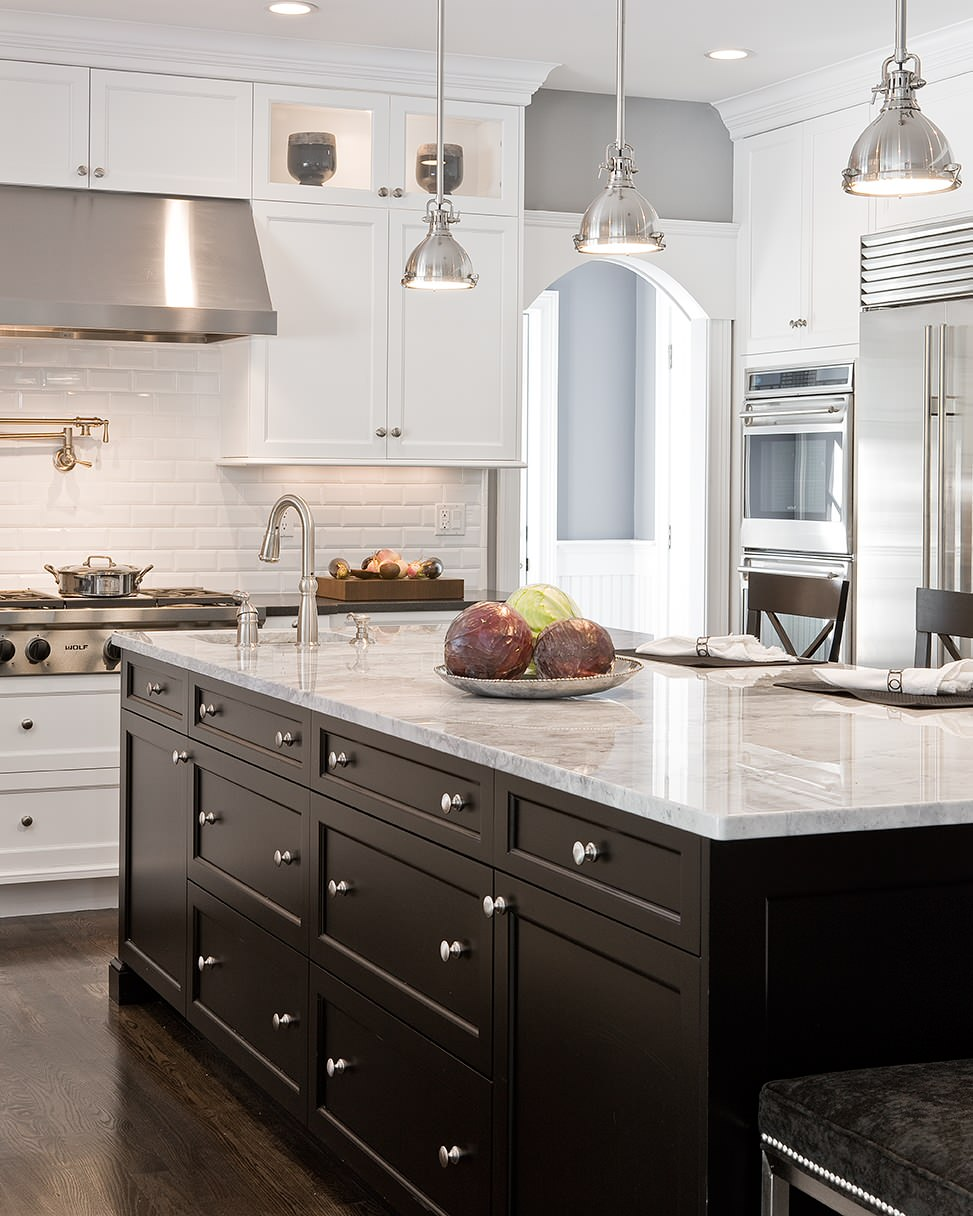 Dark Island White Cabinets Houzz