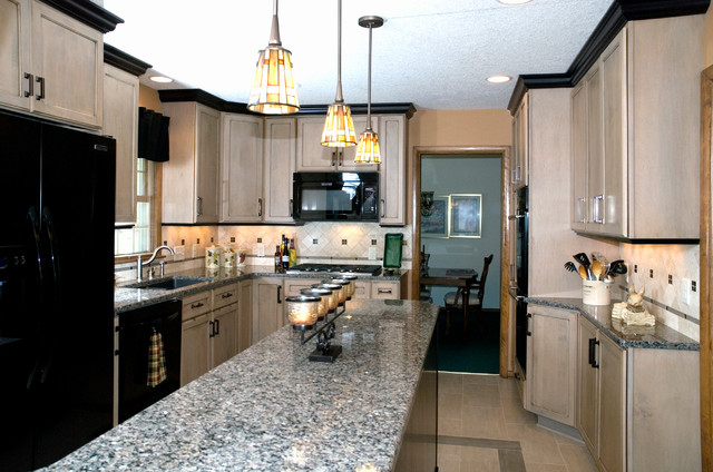 Nelson Kitchen transitional-kitchen