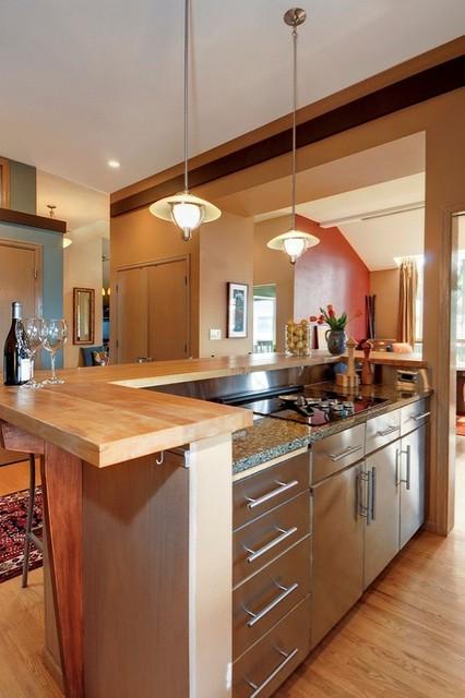 Nesika Bay home contemporary-kitchen