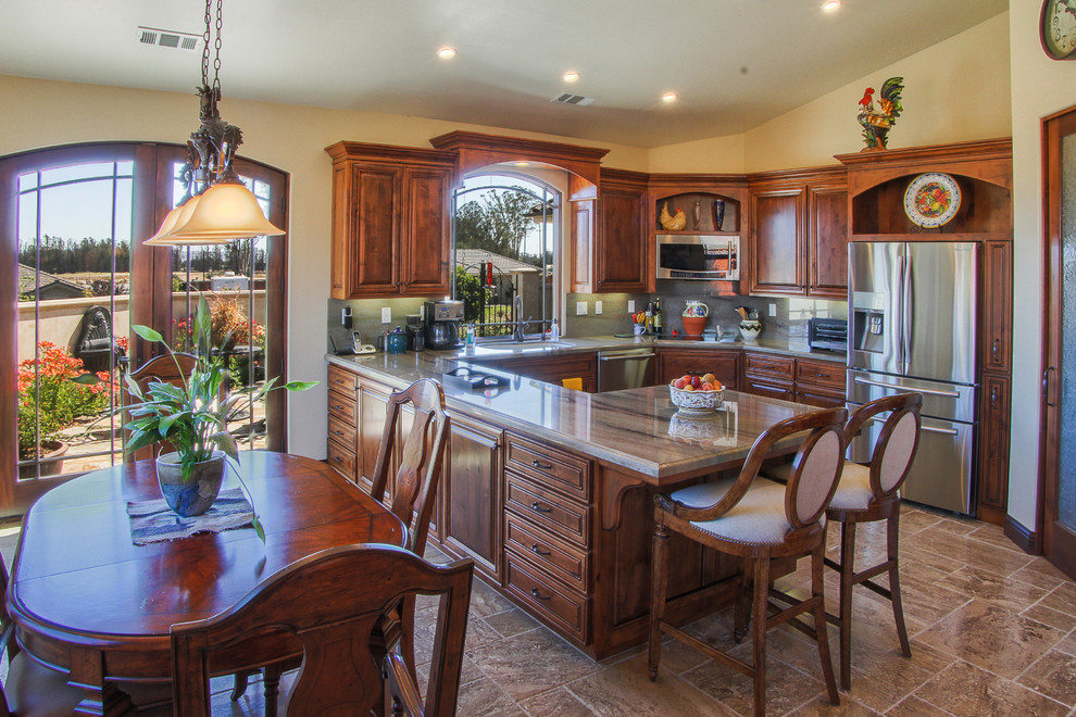 Nester customized D Plan - warm and inviting kitchen, dining and courtyard