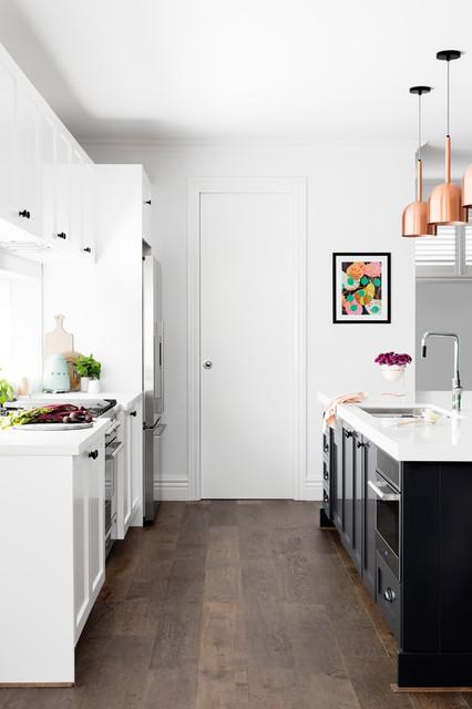 Ispirazione per una cucina minimalista