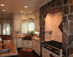 Neumann traditional-kitchen