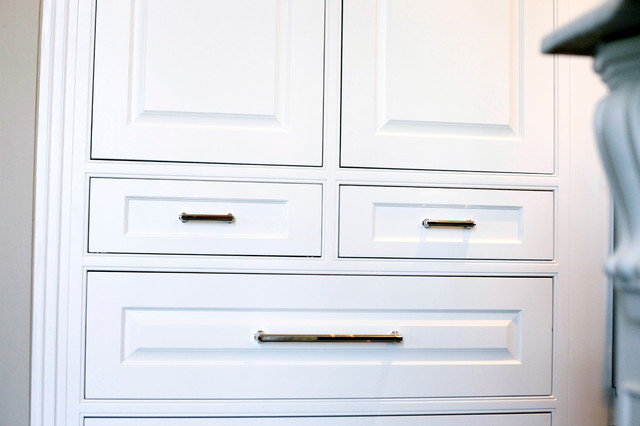 New Albany Classical Kitchen traditional-kitchen
