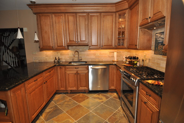 New Custom Kitchen Remodeling With New Cabinets Traditional Kitchen