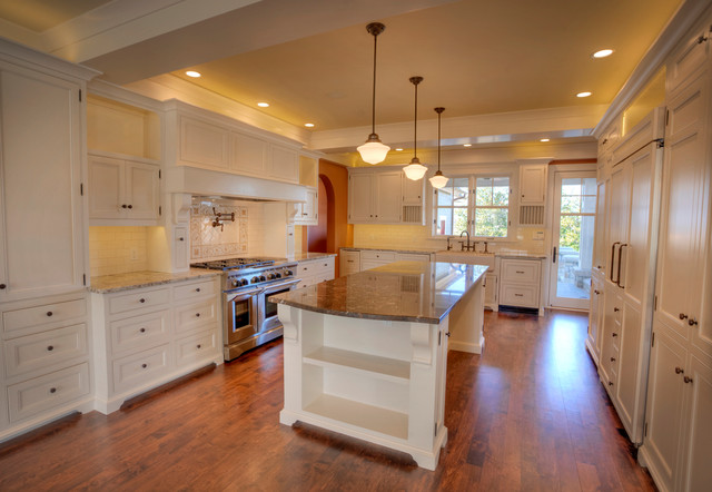 New england craftsman home in tulsa ok for Kitchen ideas tulsa ok