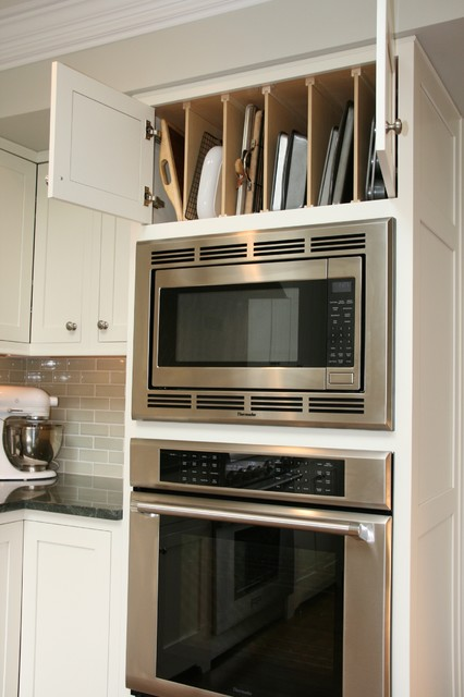 New England Flavor - Traditional - Kitchen - Chicago - by The ...