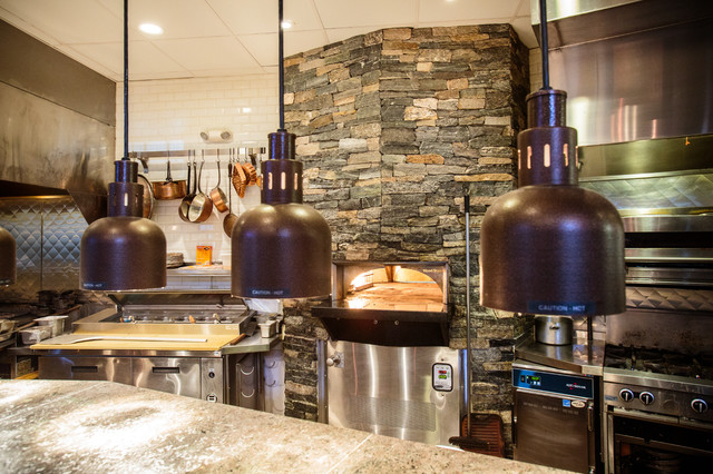 New England Stone Fireplace And Stone Oven At Copper Door