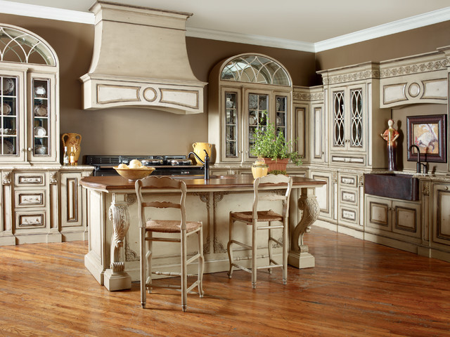 new grand kitchen traditional kitchen by habersham. Black Bedroom Furniture Sets. Home Design Ideas