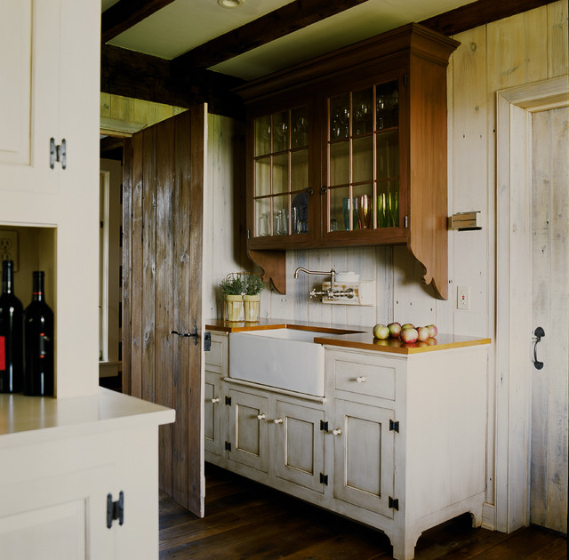 Kitchen   Farmhouse Kitchen Idea In Philadelphia With A Farmhouse Sink And  White Cabinets