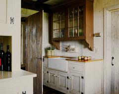 New House - Unionville, PA farmhouse-kitchen