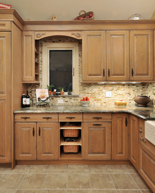 New Hyde Pk NY BI1301 Traditional Kitchen New York By Kitchen Desi