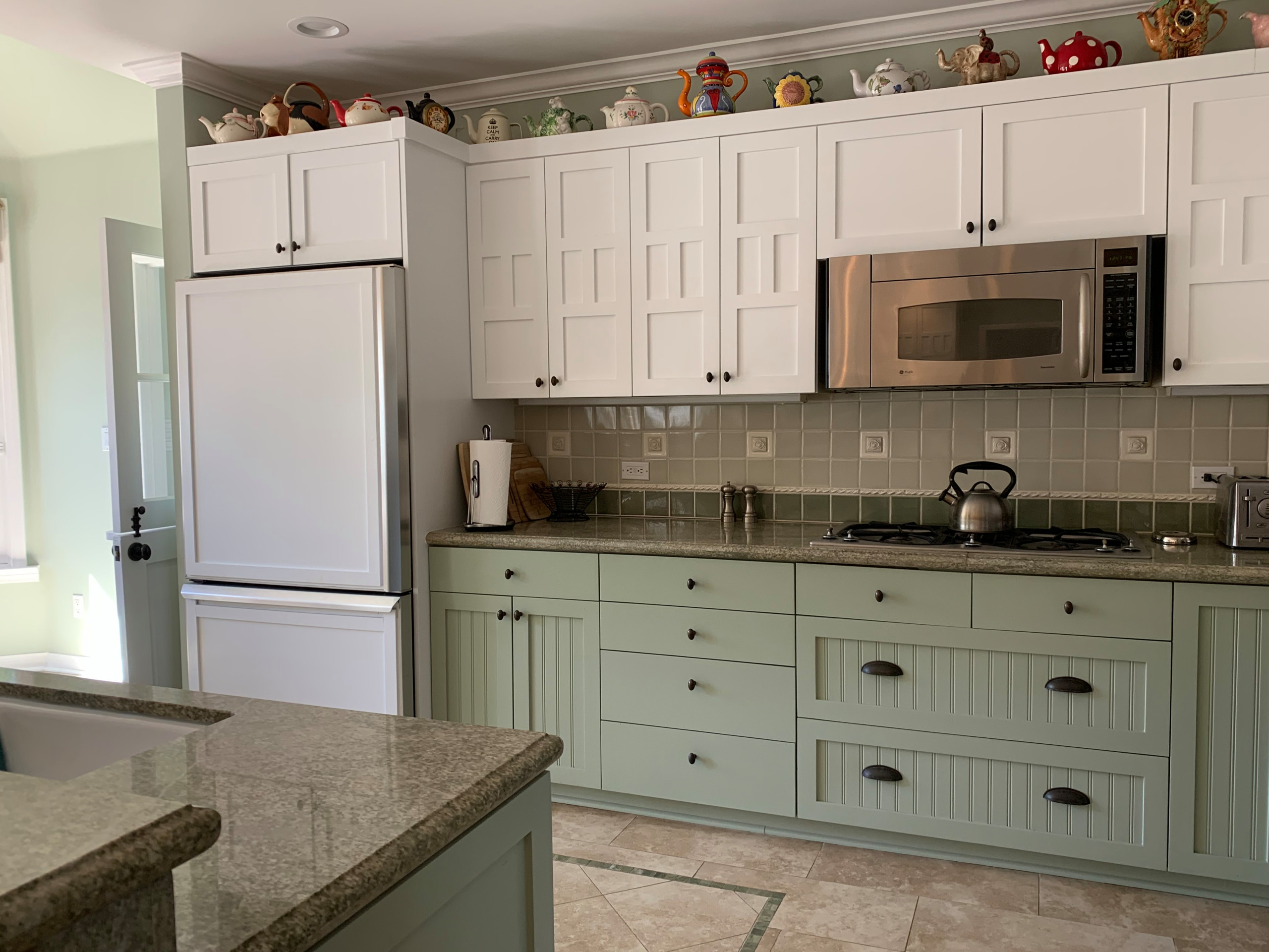 New Kitchen and Family Room in Pacific Palisades