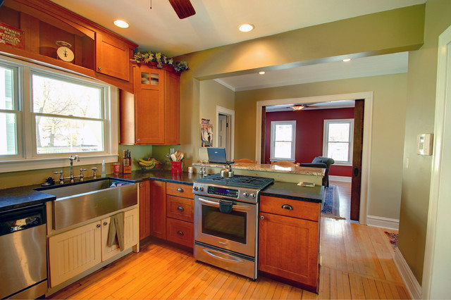 New kitchen and view to family room traditional-kitchen