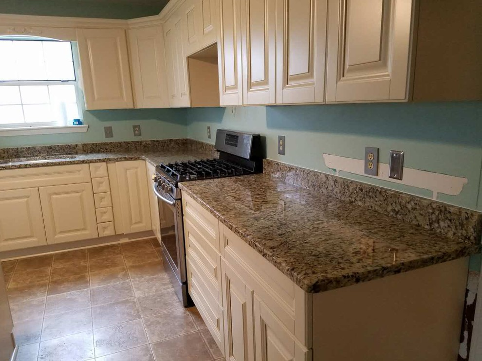 New Kitchen Cabinets and Counters in Alabaster, Alabama ...