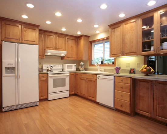 White Appliances With Maple Cabinets Home Design Ideas ...