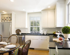 New Kitchen in Historic Downtown Charleston, SC Townhouse traditional-kitchen