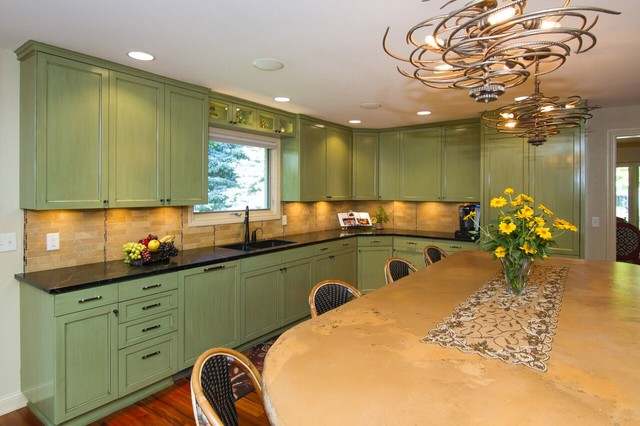 New Or Remodeled Kitchens Traditional Kitchen Minneapolis By Laurie Mcdowell Interior Design