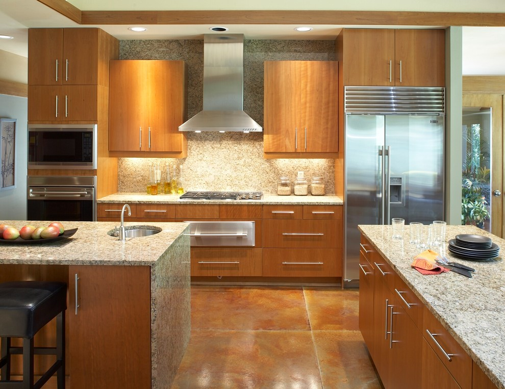 Inspiration for a modern kitchen remodel in Milwaukee with granite countertops