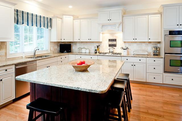 New Venetian Gold Granite Countertops traditional-kitchen