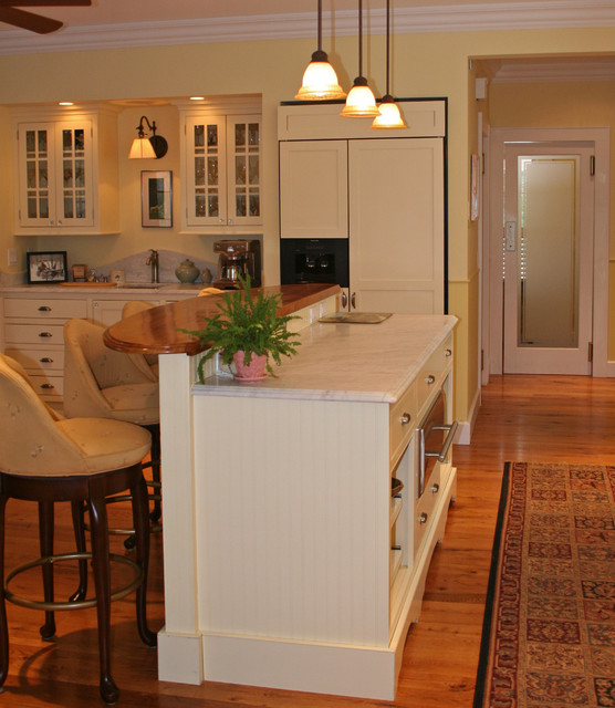 Newfane Hilltop traditional-kitchen