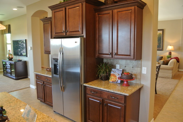 Newly built Fulton Home in Gilbert traditional-kitchen