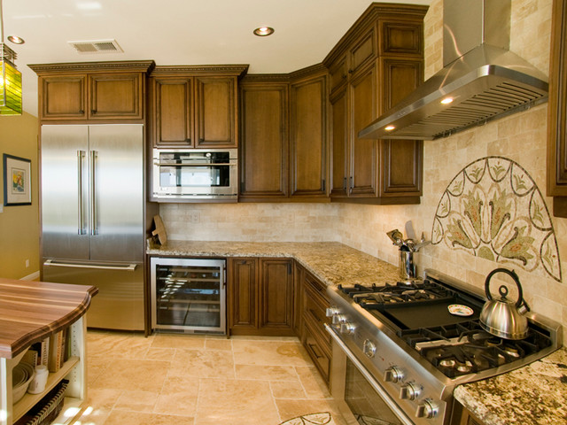 NG - By Burgin traditional-kitchen