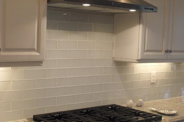 Nocatee Glass Backsplash Coastal Kitchen