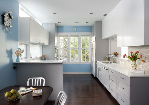 Adding pops of color to a neutral colored kitchen